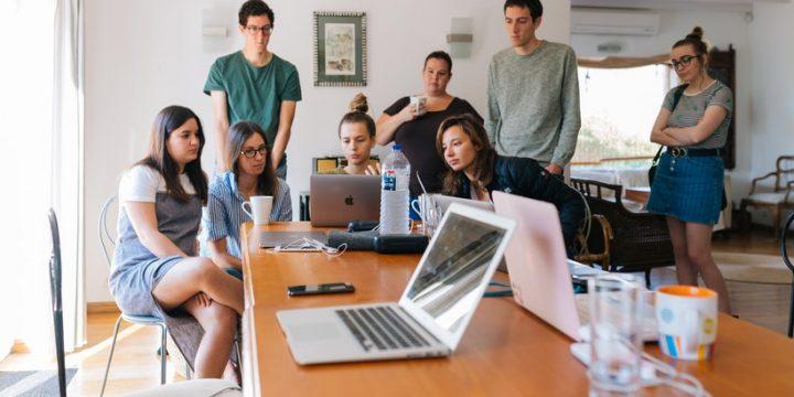 Cinco pasos para tener éxito en tus reuniones virtuales